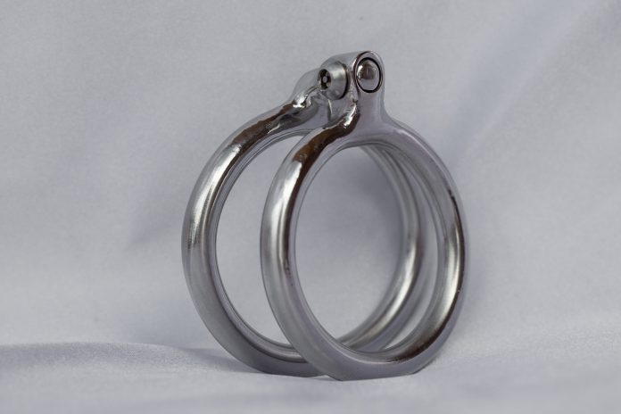 The image shows the cock rings as we tell in the article how to use a cock ring