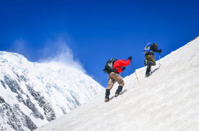 Mountaineering guide in Nepal for beginners